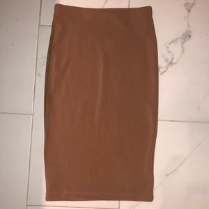 NUDE BODYCON PENCIL SKIRT